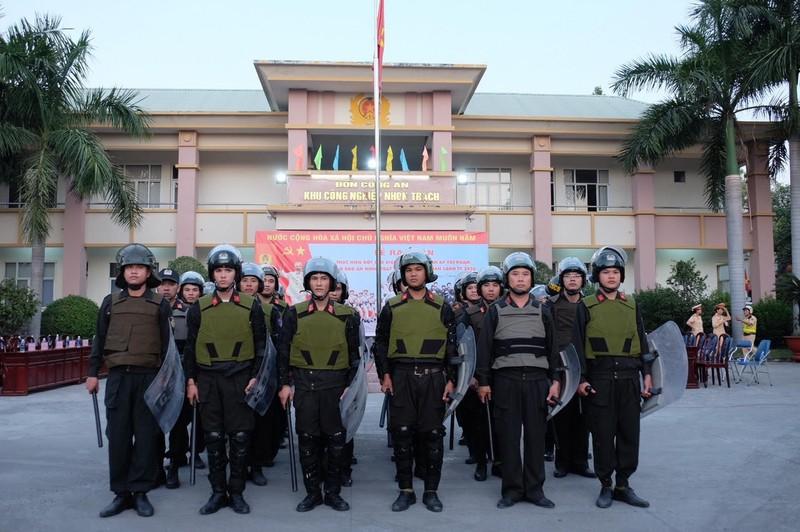 Công an huyện Nhơn Trạch (Đồng Nai) ra quân trấn áp tội phạm