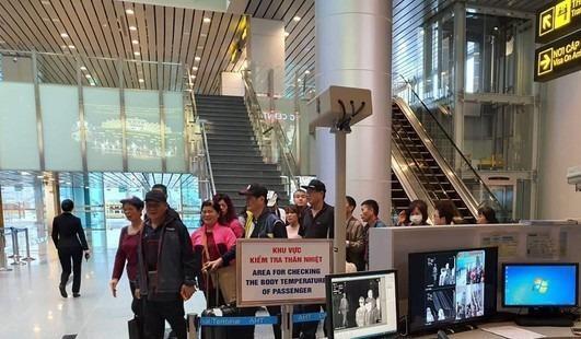 Có 4 người Việt Nam, 7 người Trung Quốc đã bị cách ly ở Đà Nẵng do sốt