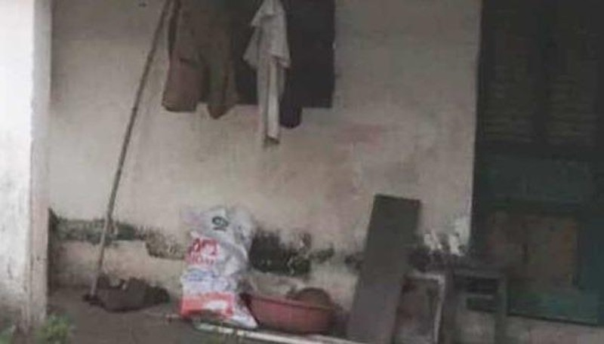 Thi thể nam giới phân hủy trong bồn nước nhà vệ sinh