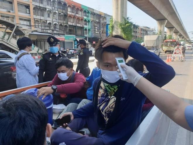 Thái Lan bắt đầu tình trạng khẩn cấp, số ca nhiễm vượt 1.000