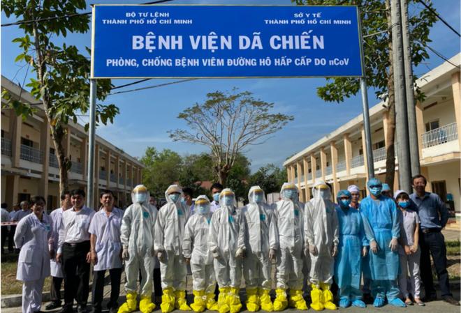 Các y bác sỹ chống dịch tại Tp Hồ Chí Minh.