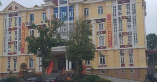 Trụ sở UBND huyện Hậu Lộc.