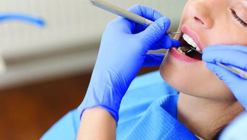 Ẩn hoạ từ việc lạm dụng bọc răng sứ