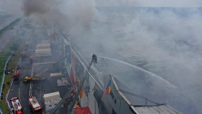 Công an điều tra vụ cháy Công ty CJ Food ở KCN Hiệp Phước