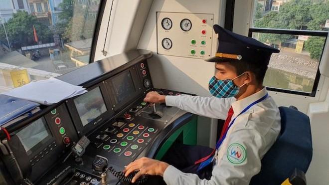 Tàu đường sắt đô thị Cát Linh- Hà Đông vận hành 287 lượt/ngày ảnh 3