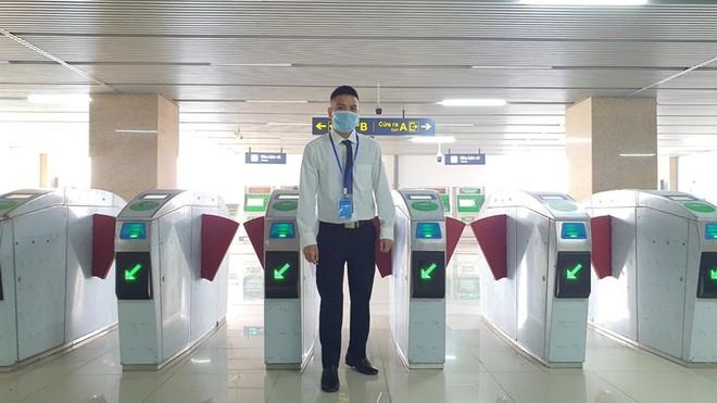 Tàu đường sắt đô thị Cát Linh- Hà Đông vận hành 287 lượt/ngày ảnh 4