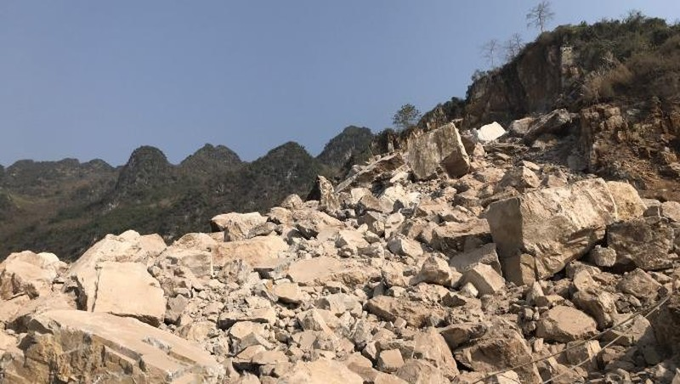Sạt lở mỏ đá vôi ở Hà Giang nhiều tài sản, máy móc bị vùi lấp