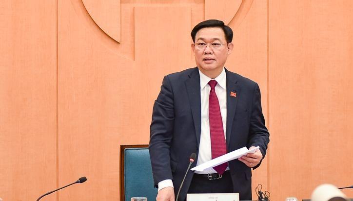 Bí thư Thành ủy Hà Nội Vương Đình Huệ chủ trì cuộc họp Ban Chỉ đạo chống dịch COVID-19.