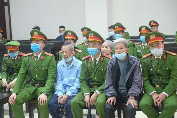 """Phúc thẩm vụ án ở thôn Hoành: """"Hành vi đổ xăng thiêu khiến 3 cảnh sát tử vong là vô cùng dã man"""""""