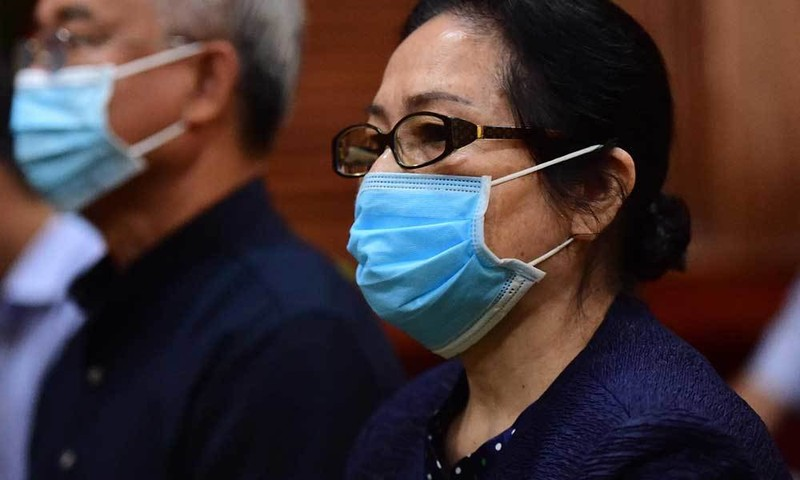 Xuất hiện tình tiết mới, tòa tạm dừng phiên xử đại gia Dương Thị Bạch Diệp