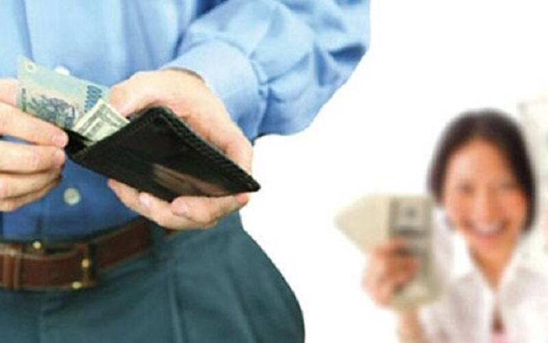 Nghi chồng ngoại tình, vợ dựng hiện trường vụ trộm nửa tỷ đồng