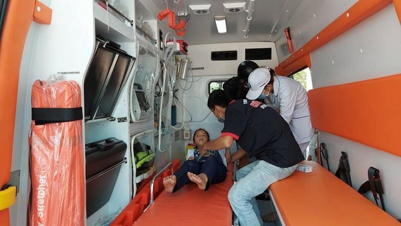 Ngộ độc khí, hơn 30 học sinh tiểu học nhập viện