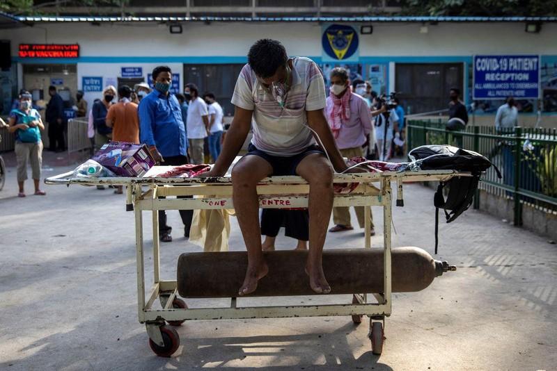 Mỗi phút có thêm 240 ca, Ấn Độ lập kỉ lục về số ca COVID-19 mới ngày thứ ba liên tiếp ảnh 1