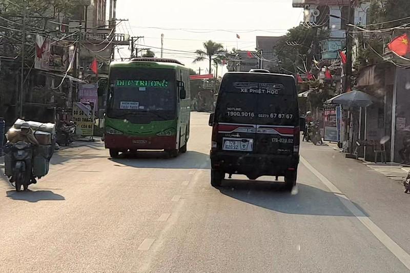 """Thái Bình: Doanh nghiệp vận tải khốn khổ vì """"xe đầu gấu"""""""