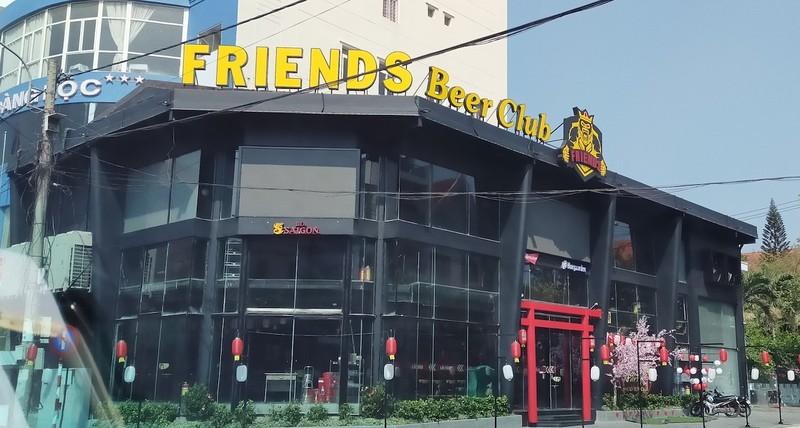 Sau bài phản ảnh của Báo Pháp luật Việt Nam, Công an Đăk Lăk kiểm tra Friend Beer Club