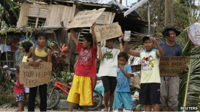 Hậu siêu bão: người dân Philippines uống nước cống để tồn tại