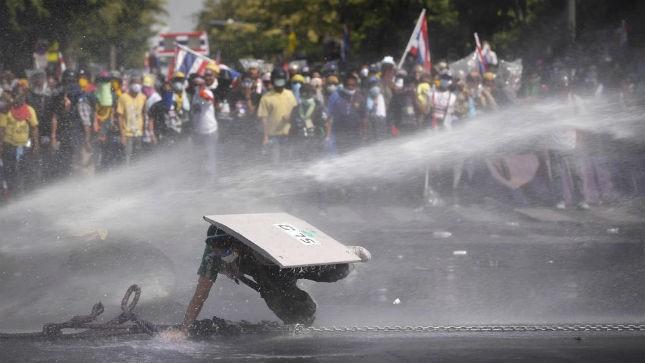 Thủ tướng Thái Lan bác yêu cầu từ chức