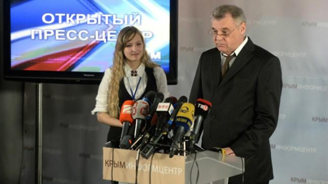 Ông Mikhail Malyshev công bố kết quả kiểm phiếu