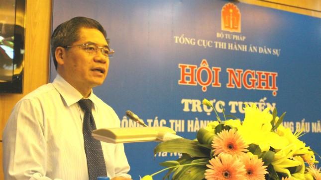 Thứ trưởng Bộ Tư pháp Đinh Trung Tụng