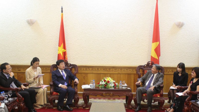 Bộ trưởng Hà Hùng Cường tiếp xã giao Thứ trưởng Bộ Tư pháp Nhật Bản