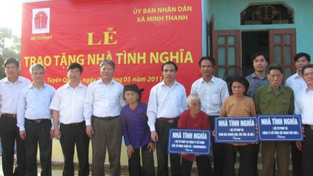 Bộ Tư pháp trao nhà tình nghĩa tại xã Minh Thanh (Sơn Dương, Tuyên Quang)
