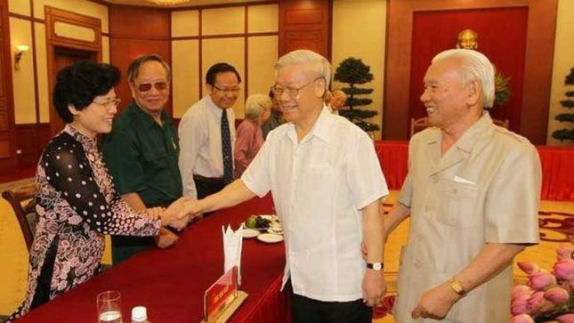 Tổng Bí thư gặp mặt các cựu đại biểu thanh niên xung phong