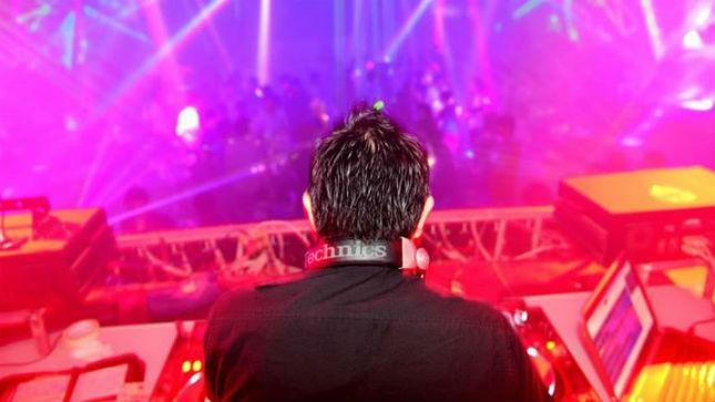 Dàn âm thanh và DJ bên trong Legend Club Cần Thơ
