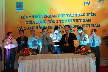 PVcomBank và PVGas thỏa thuận hợp tác toàn diện