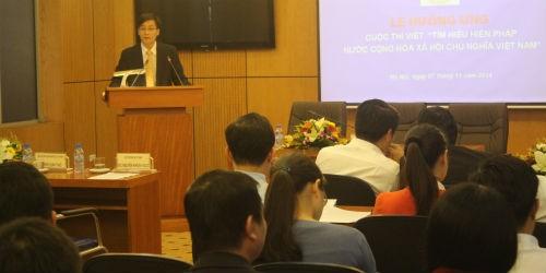 Cán bộ, đoàn viên Khối các cơ quan Trung ương hưởng ứng cuộc thi viết tìm hiểu Hiến pháp