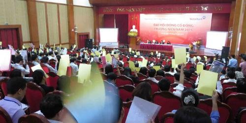 Toàn cảnh Đại hội đồng cổ đông thường niên VietinBank 2015 tổ chức hôm qua – 14/4