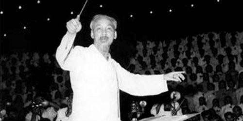 Hồ Chí Minh - Bài ca tự do