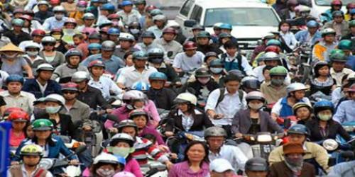 Xem xét tạm dừng thu phí đường bộ với xe máy từ 1/1/2016
