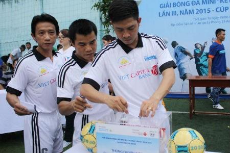 Ngân hàng Bản Việt chắp cánh ước mơ đến trường