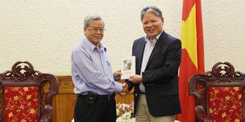 Bộ Tư pháp luôn ghi nhớ công lao của nguyên Bộ trưởng Vũ Trọng Khánh
