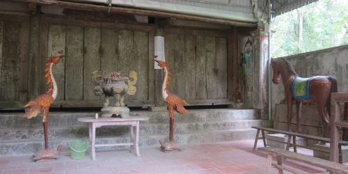 """Một góc đền Hạ, nơi có nhiều huyền tích lạ quanh tục Cầu đảo và """"thần rắn"""""""