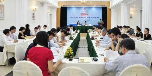 Khuyến khích cộng đồng doanh nghiệp sử dụng trọng tài thương mại. Trong ảnh: Hội nghị tổng kết 4 năm thực hiện Luật Trọng tài thương mại