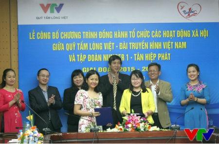 Tân Hiệp Phát và VTV phối hợp tổ chức các hoạt động từ thiện