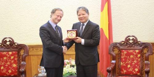 Bộ trưởng Hà Hùng Cường tiếp xã giao Đại sứ EU tại Việt Nam