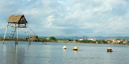 Sông Loan mùa nước dữ