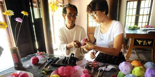 Gian nan tìm lối giữ nghề hoa giấy Thanh Tiên