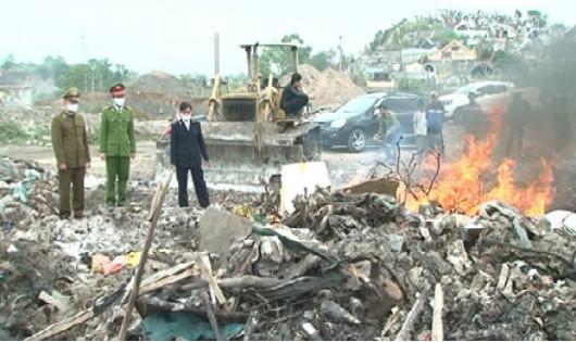 Quảng Ninh: Cảnh sát Môi trường tuyên chiến với thực phẩm nhập lậu
