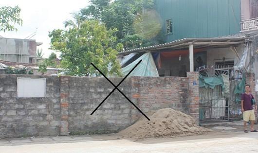 Ngôi nhà cấp 4 gia đình bà Tiến sinh sống nhiều đời nay được kê khai trong đơn xin cấp đất của ông Định