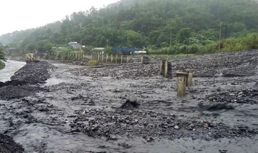 Tập trung xử lý dứt điểm ngập lụt trên địa bàn Hạ Long