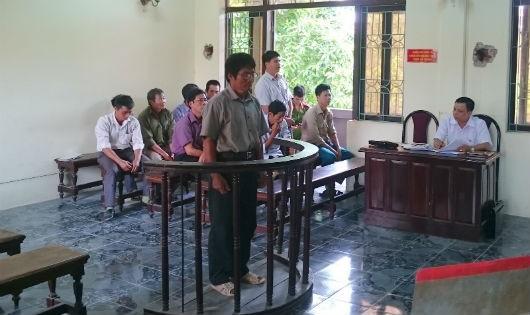 """Hai bản án thiếu khách quan trong vụ """"Chống người thi hành công vụ"""" ở Hưng Yên"""