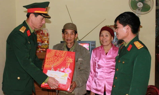 """Lai Châu: Thiết thực đền ơn đáp nghĩa, """"ăn quả nhớ người trồng cây"""""""