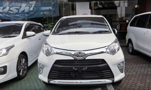 Xe gia đình 7 chỗ giá rẻ Toyota Calya