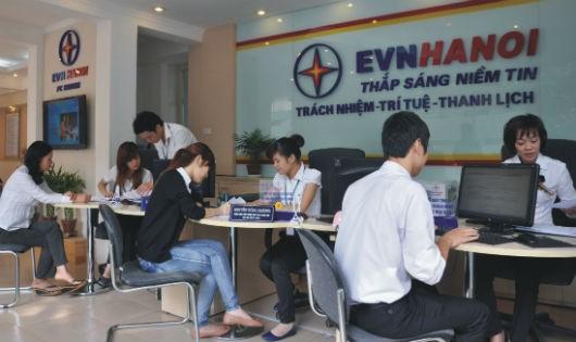 EVNHANOI đang nỗ lực nâng cao công tác chăm sóc khách hàng