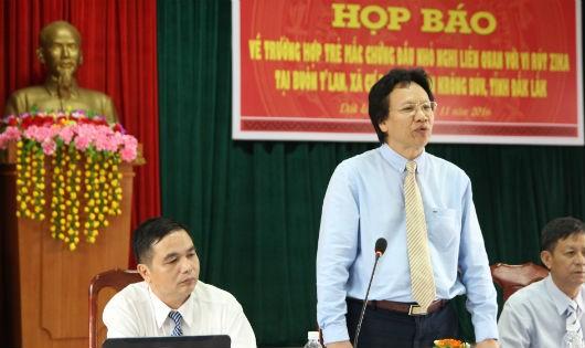 ông Doãn Hữu Long phát biểu tại cuộc họp