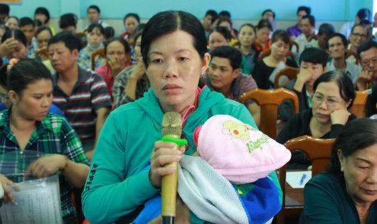 Tiểu thương chợ Long Xuyên: 'Chúng tôi khổ quá!'