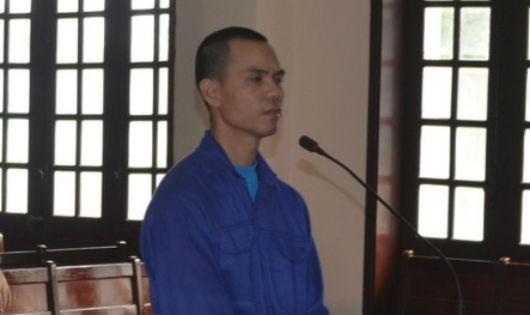 Bị cáo Lê Minh Quang tại tòa. Ảnh NLĐ